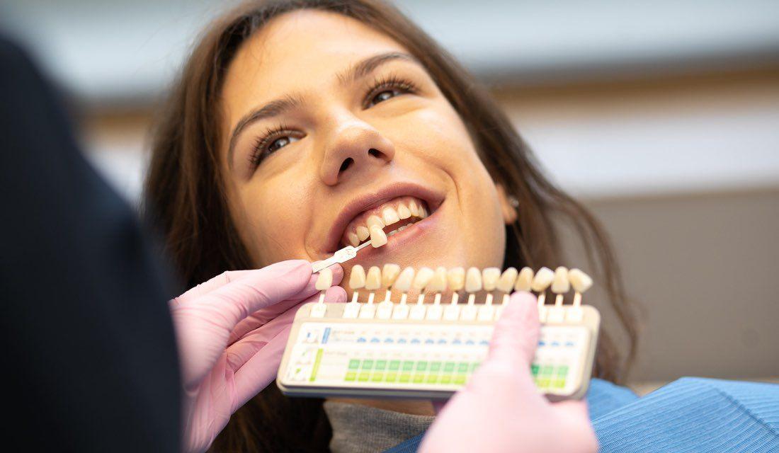 Odabir keramičkih zubnih ljuskica uz pomoć vještih ruku stomatologa EDC, Esthetic Dental Centra Zagreb